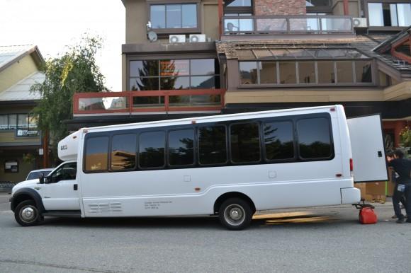 チャーターバス